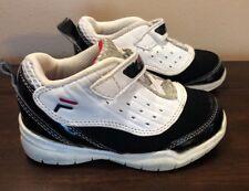 Fila Boys Black White Red Sneaker Shoe Flexnet Strap Size 10
