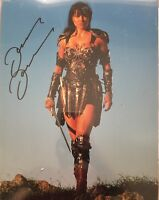 LUCY LAWLESS SIGNED XENA LARGE PHOTO UACC REG 242 (2)