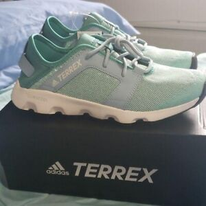 Adidas Terrex Voyager Sneakers Womens Size 8