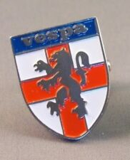 VESPA - PIN BADGE - ENGLAND SHIELD SCOOTER SCOOTERIST SKA REGGAE SOUL (281)