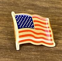 American Flag enamel pin vintage 80s United States US patriotic hat lapel bag