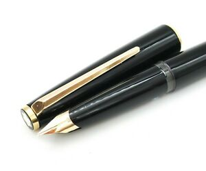 Vintage Montblanc 320 Piston Filled Fountain Pen 14k Gold Fine Nib