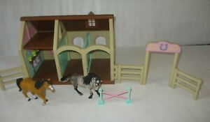 Lakeshore Horse Stable Farm Toy Playset