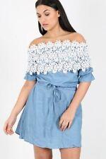Vestiti da donna blu in pizzo floreale