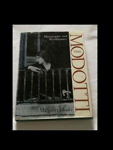 MARGARET HOOKS: TINA MODOTTI (in inglese)