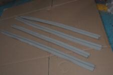 jeu de 4 joints gris coté chassis,face aux portes   pour  citroen ds id