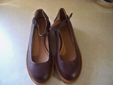 Cooperative Mary Jane Shoes, women's 8 M medium, Maroon leather Ankle Strap