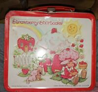 VINTAGE 1980 ALADDIN AMERICAN GREETINGS STRAWBERRY SHORTCAKE METAL LUNCHBOX