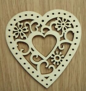 HEART HANGING HOLLOW WOOD PLAQUE SHABBY CHIC DOOR SIGN - CHRISTMAS TREE , CRAFTS