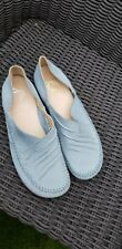 Clarks Cushioned Soft Leather Slip on Shoes Size 6