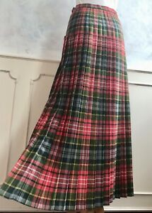 Vintage Red Tartan Wool Blend Full Length Kilt Thistle Brooch Winter Skirt S W26