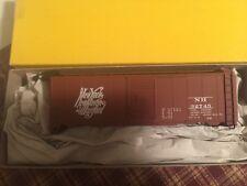 Accurail HO New Haven 40' Steel box car  #32745 Script lettering