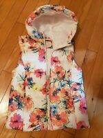 New ZARA girls floral light vest size 13-14 with hood made in Vietnam
