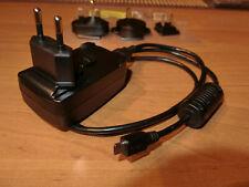 Original Ladegerät/Netzteil für Garmin Asus nüvifone A10/M10 mit Reise Adaptern