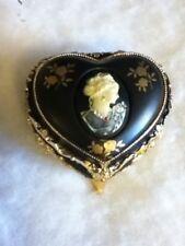 Splendid Cameo Heart Shape Music Box with Swarovski Crystals