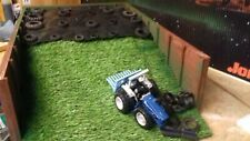 BRITAINS UH CONVERSION FARM BUILDING COUNTY TRACTOR 1/32 ROADLESS