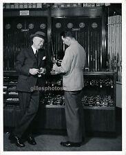 USA c. 1950 - Magasin de Pêche à la Mouche - USA 57