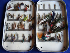 EARLY VINTAGE 40 CLIP WHEATLEY SEA TROUT FLY BOX, IVORINE PLATES + FLIES