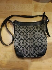 COACH Purse Black Signature LOGO Canvas Messenger Bag Crossbody (Damaged)