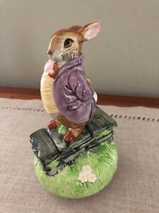 "Schmid Beatrix Potter ""Old Mr. Bunny"" Music Box - The Tales of Benjamin Bunny"