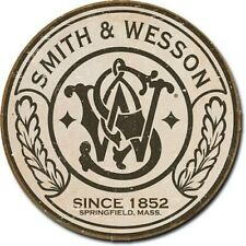 "Smith & Wesson 12"" Round Tin Sign Nostalgic Metal Sign Gun Retro Home Wall Decor"