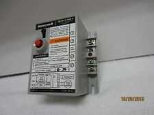 Honeywell R8184G1009 Protector Cad cell Relay  45 Sec