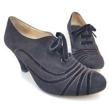 te casan New York Oxford Pumps Black Velvet Suede Leather Heels Womens Size 8.5