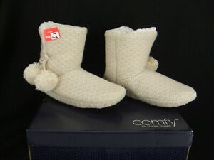"""Comfy by Daniel Green """"Ariah"""" Cream Fleece Lined Bootie Slippers Womens 7-8 New"""