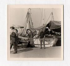 PHOTO ANCIENNE Bateau de pêche Transport Port Marseille Le vieux port 1966