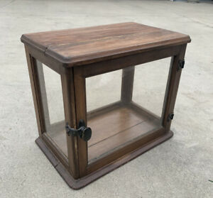 Antique Small ORIGINAL FINISH COUNTRY STORE COUNTER TOP DISPLAY SHOWCASE CABINET