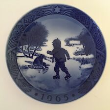 1965 Royal Copenhagen Christmas Plate - Little Skaters - Made in Denmark