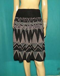 jupe CHACOK modèle fachoda en laine mélangé noir taille 0 us ou 36 fr