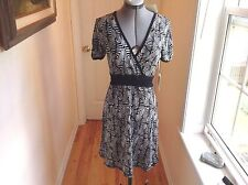 Vertigo Paris short sleeve belted  geometric knee length casual dress size S