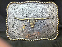 Longhorn with Etching Detailed Belt Buckle Silver and Gold