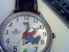 UNIQUE FUNNY BACKWARDS MOVING GOOFY QUARTZ WATCH RUNS