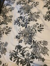 Martha Stewarr King Size Comforter Flowers Black And White Chabby 4 Pillow Cases