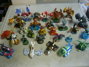 Lot 22 Activision Skylanders Action Figures Mixed Lot And 5 Vehicles