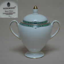 """WEDGWOOD """"jade"""" qui couvert sucrier"""