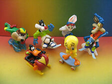 LOONEY TUNES WINTER SPORTS complete  set+ paper  KINDER  SURPRISE  EGG EUROPE