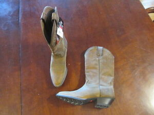 Justin Silver Collection Sorrel Apache Cowgirl Boot Round Toe women's 9 1/2