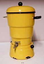 E1 Exceptionnelle samovar - fontaine - émaillé jaune - art nouveau - deco - 1960