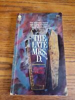 THE LATE MRS D - 1962 - Hillary Waugh -  Avon Books 1st Edition Paperback RARE