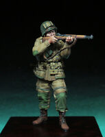 1/35 Resin Figure Model Kit US Soldier Paratrooper WWII Unpainted Unassambled