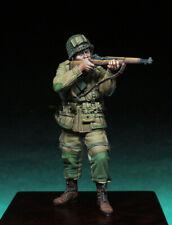 1/35 Resin Figure Model Kit US Soldier Paratrooper WWII Unpainted Unassambled