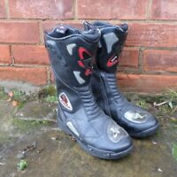 Akito M-pact Leather Motorcycle Boots Black Red Men's UK Size 8 EUR 42 READ!!!
