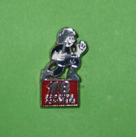 Pin's lapel pin Pins SAPEURS POMPIERS Firefighters  Pompier courant lance