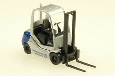 WIKING HO scale  ~ FORKLIFT ~ FULLY ASSEMBLED 1/87 scale model # 069327