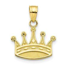 10k Yellow Gold Crown Pendant. (0.7INx0.7IN)