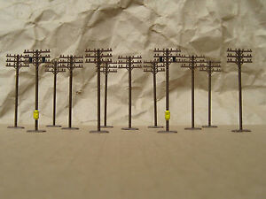 CLASSIC ~ 12 TELEPHONE POLES by BACHMANN ~ Mayhayred Trains N Scale Lot
