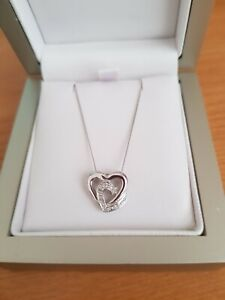 Lovely 9ct gold diamond entwined hearts necklace - NEW